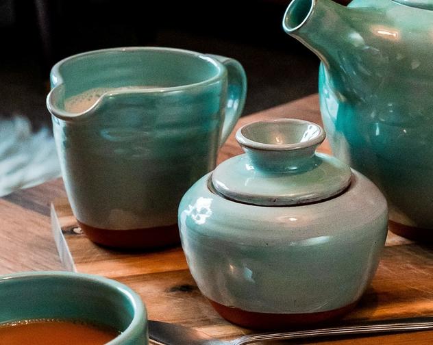 Helen Faulkner Ceramic Turquoise milk jug and sugar bowl