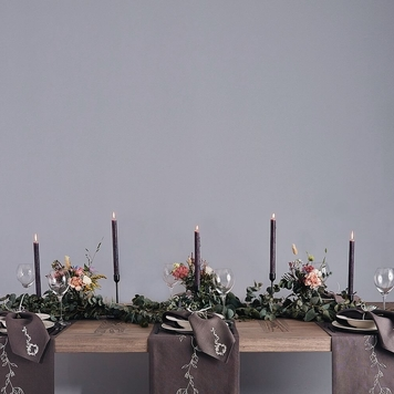 Wild Collection Grey Wreath Linen Table Runner
