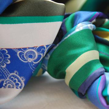 'Emerald Swirl' Classic Silk Scarf