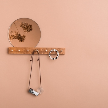 Jewellery Hanger with Mirror