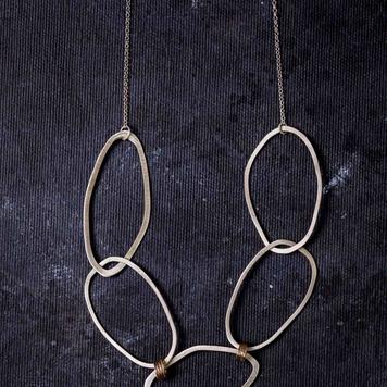 Drift Necklace