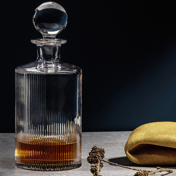 Cló Crystal Whiskey Decanter