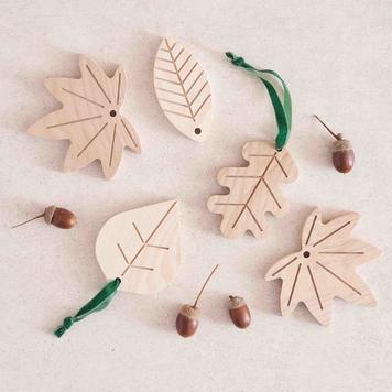 Leaf Decorations - Irish Ash