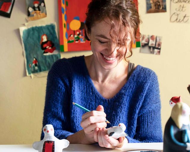 JOKAMIN making art dolls