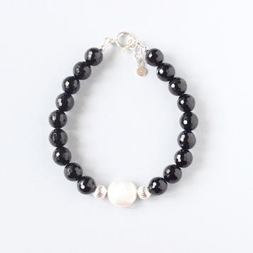 Black Onyx Pearl Bracelet
