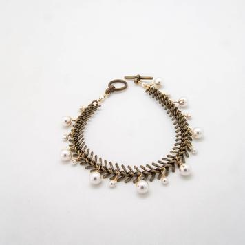 Fishbone Pearl Bracelet