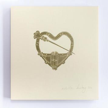 Tara Brooch Heart Print