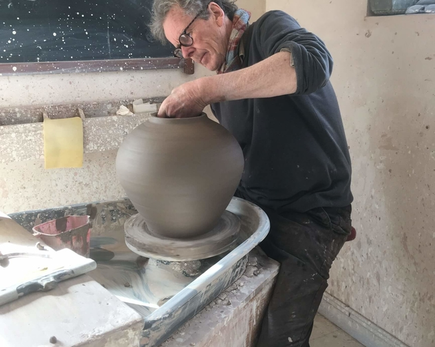 Marcus O Mahony Ceramics Throwing on the wheel