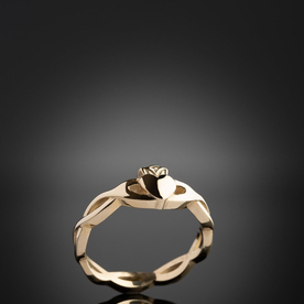Gold Twist Claddagh Ring