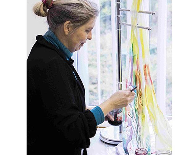 Louise Loughman working 500 x 500