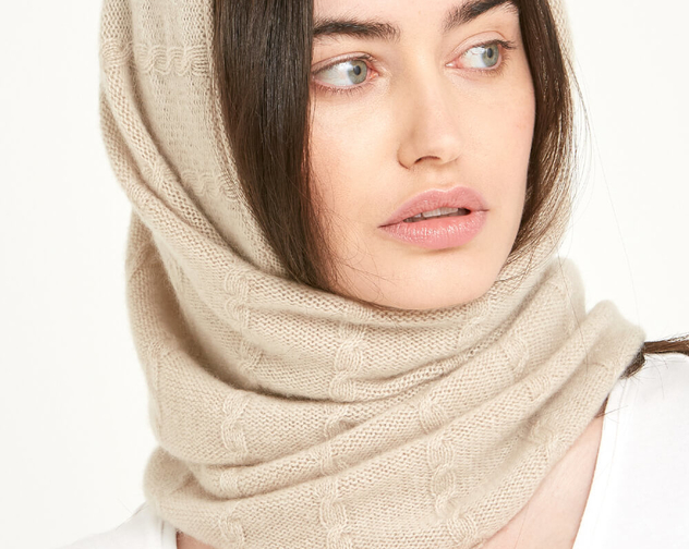 CASHMERE CABLE SNOOD CHAMPAGNE 03